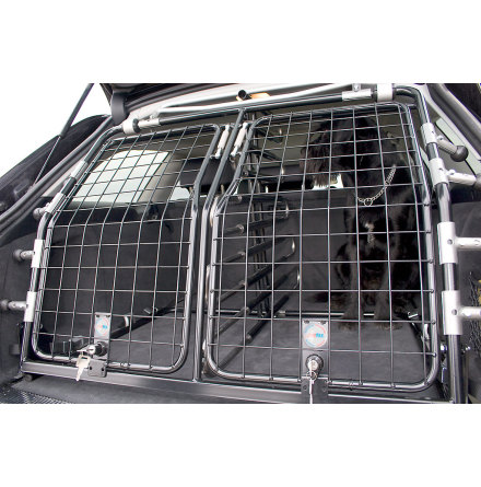 Artfex Hundgrind Suzuki Vitara 2015- för bil med 2 golvnivåer, använd högsta nivån